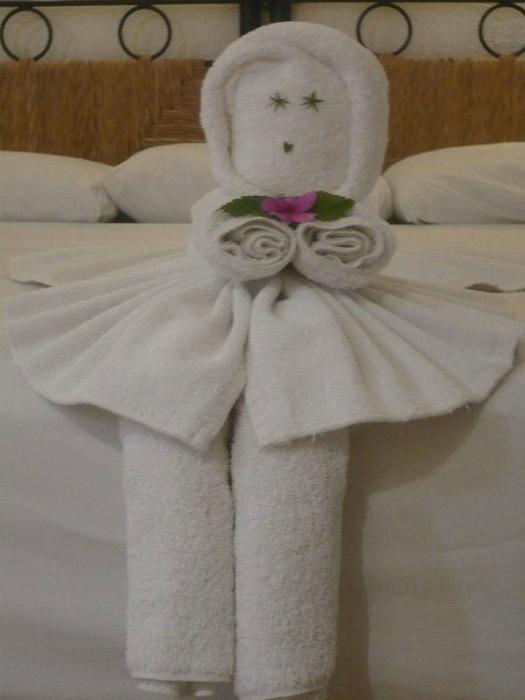 Куколка из полотенец.