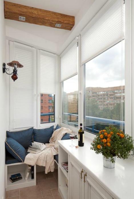 Балкон в морском стиле.
