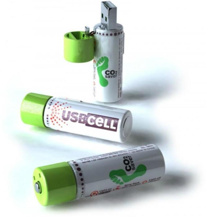 Батарейка, которая заряжается через через USB-разъем.