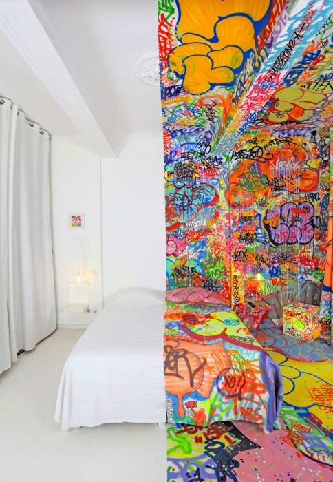 Комната в отеле, Марсель, Франция.