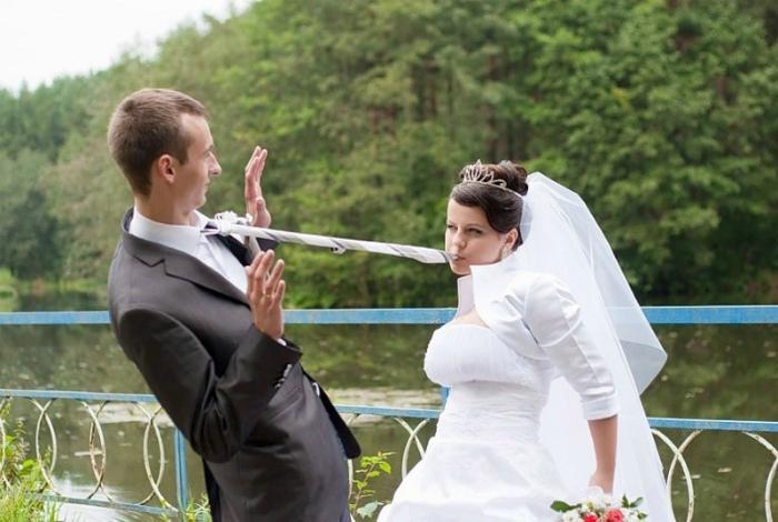 Крайне серьезная невеста.  | Фото: Onedio.