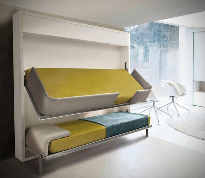 Двухэтажная кровать-трансформер.