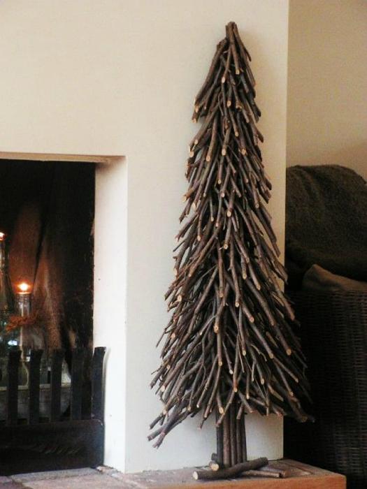 Идеи вашего дома: эксклюзивные елки на праздничное настроение дома или в офисе (20 фото)