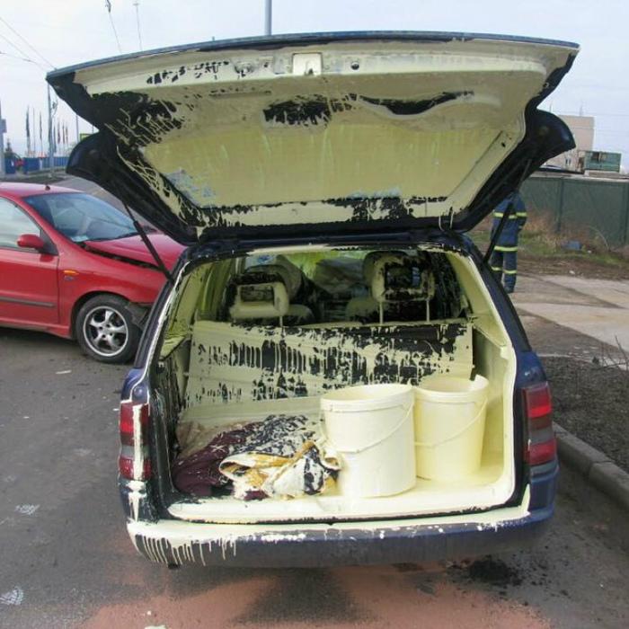 Внутренняя отделка авто.