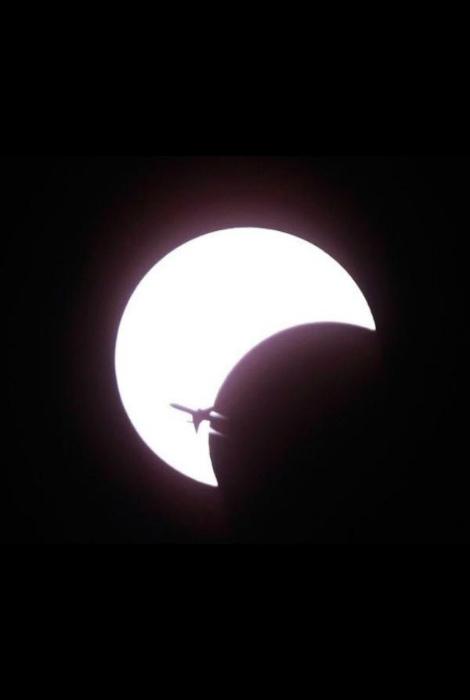 Полет на луну.