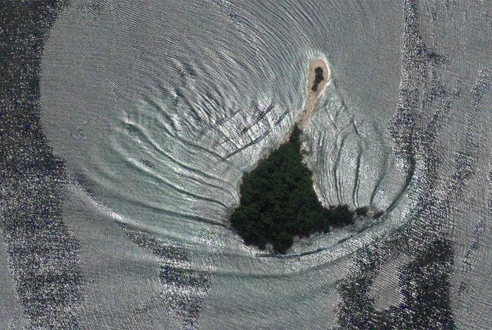 Зеленый островок в величественном Индийском океане.