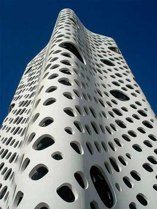 Шедевр современной архитектуры.