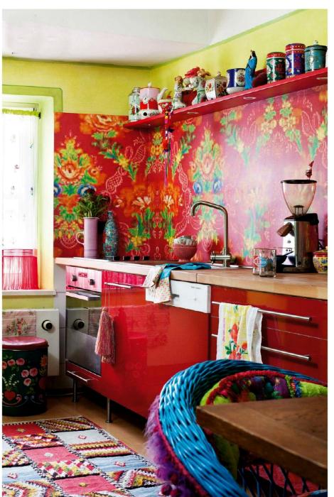 Колоритная кухня в мексиканском стиле.