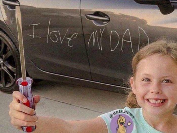 Дочкина любовь, отцовское терпение. | Фото: Gorod.lv.