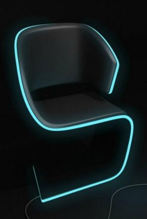 Дизайнерский стул с подсветкой. | Фото: Chto-proishodit.ru.