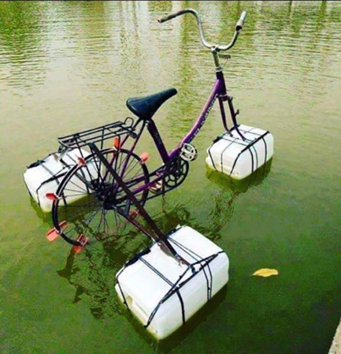 Дивный плавательный аппарат.