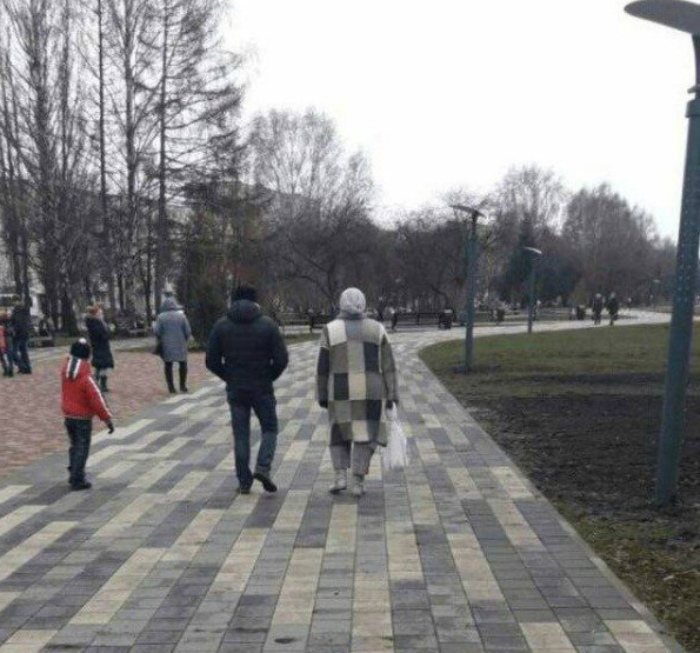 Пальто в стиле тротуарной плитки. | Фото: Pleated Jeans.