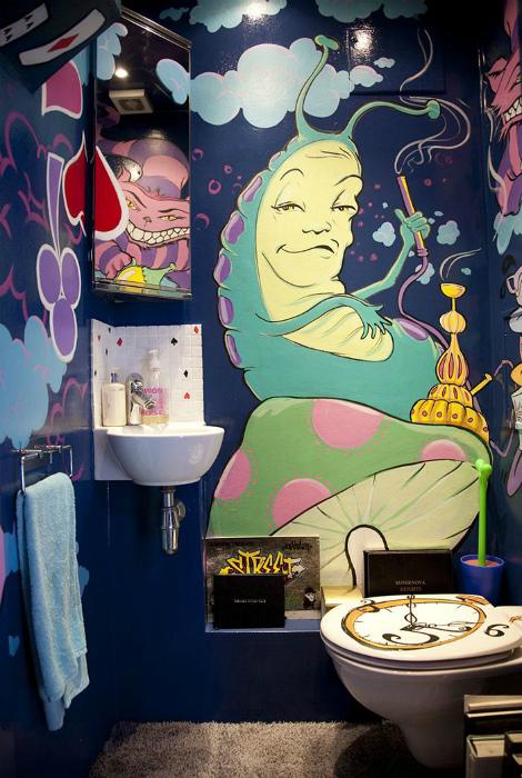 Яркая роспись стен. | Фото: Pinterest.