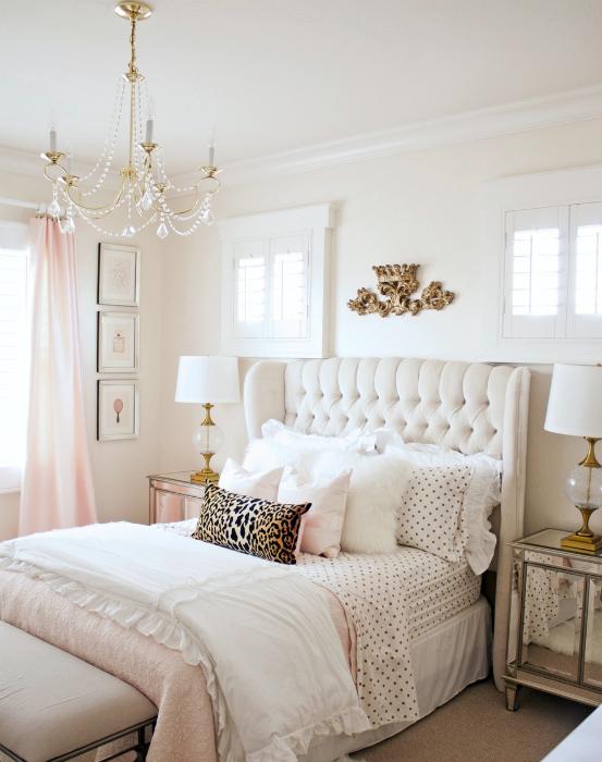 Интерьер спальня голубая