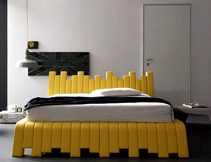 Яркий дизайн двуспальной кровати. | Фото: Ambienti.