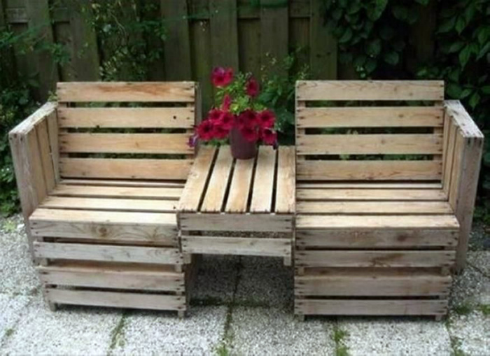 Неординарная садовая скамья. | Фото: Pinterest.