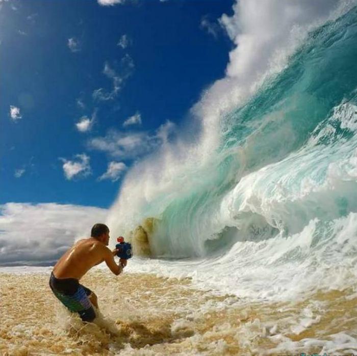Высокая волна.