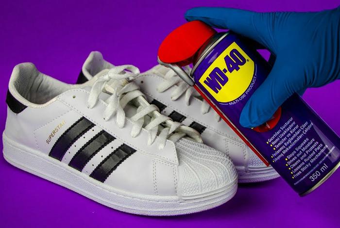 Универсальное средство для обуви. | Фото: Loungemedia.