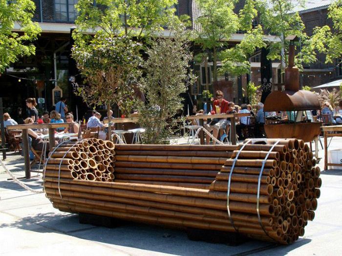 Лавка из бамбука.