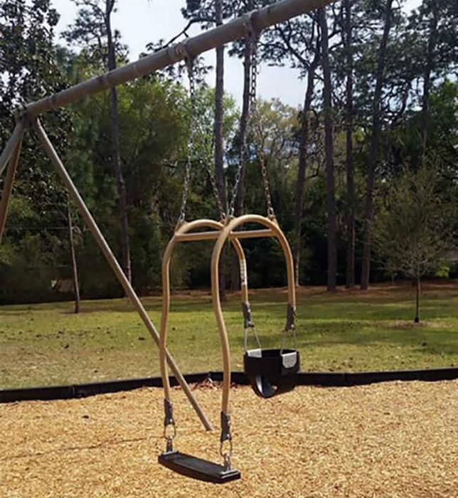 Качели для взрослого и ребенка. | Фото: Reddit.