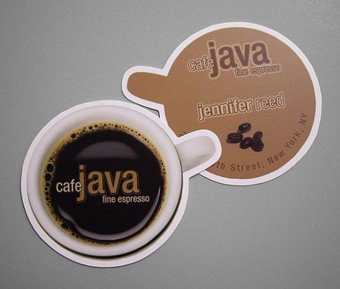 Рекламные визитки кофейни в виде подставок для кружек.
