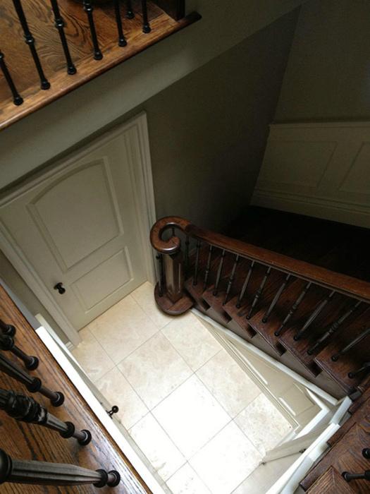 Загадочная лестница.