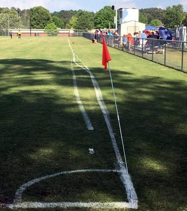 Дрожащая линия бейсбольного поля.
