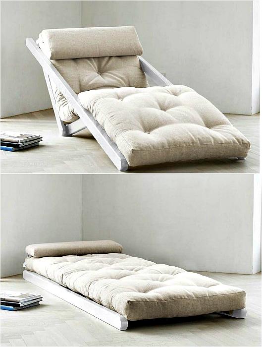 Современное кресло-кровать.