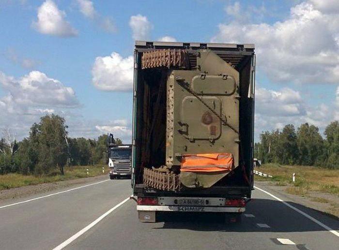 Танк в кузове.   Фото: Веселун.рф.