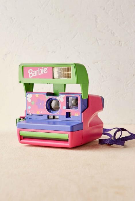 Уникальная фотокамера Polaroid Barbie для моментальной фотографии.