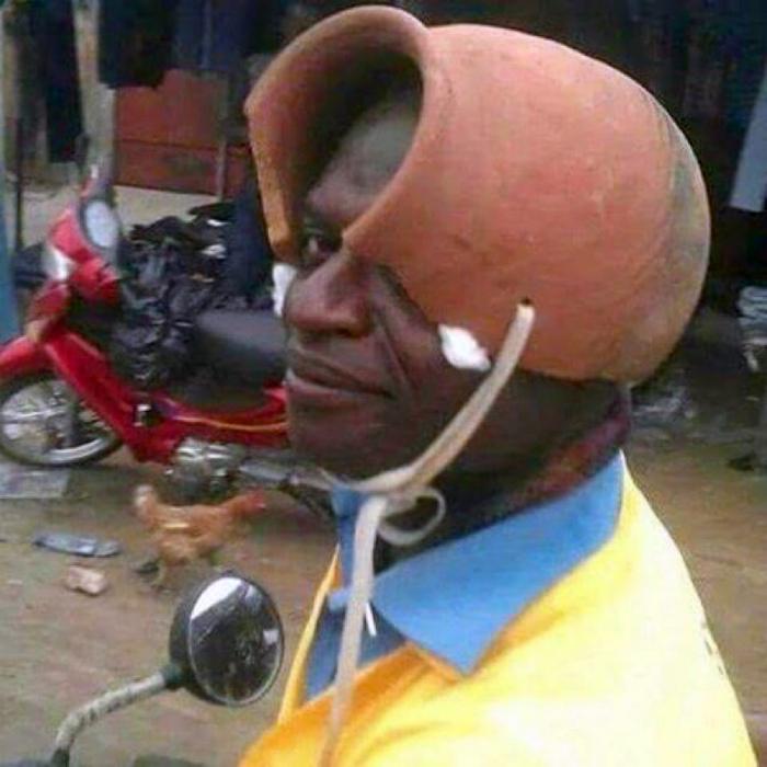 Шлем из подручных материалов.