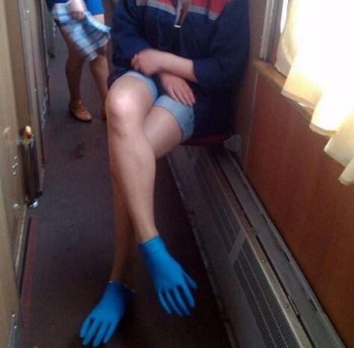 Альтернативные способы использования перчаток. | Фото: Recreo Viral.