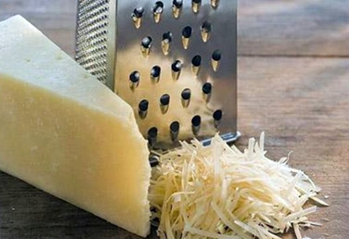Хитрость для терки сыра.