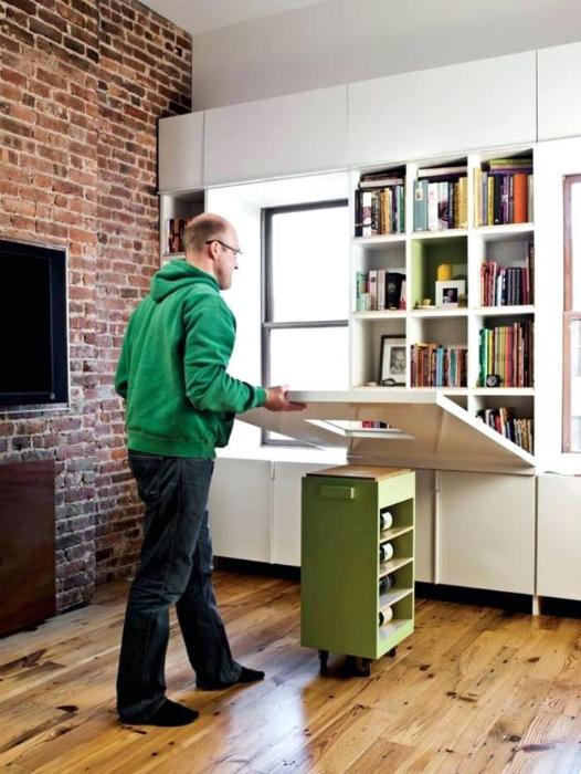 Комплект «умной» трансформирующейся мебели.