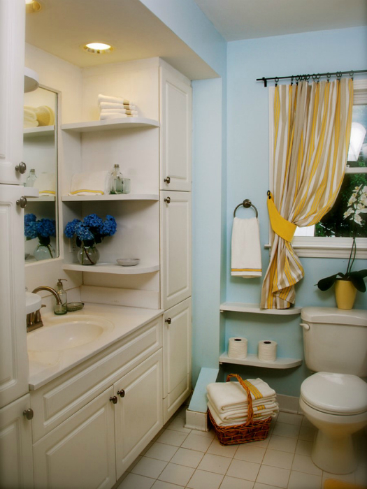 Bathroom shelving storage