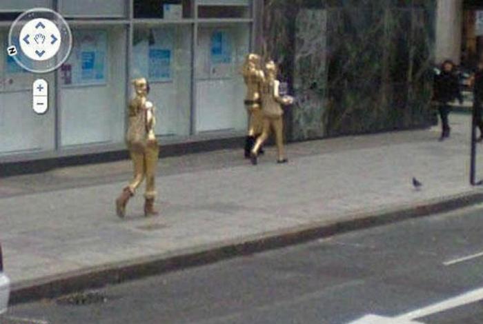 Золотые человечки.