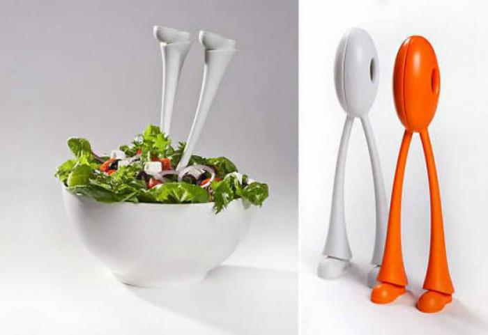 Оригинальные щипцы для салата. | Фото: Ярмарка Мастеров.