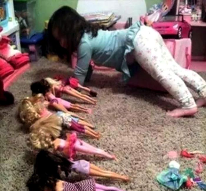 Фитнес для кукол.