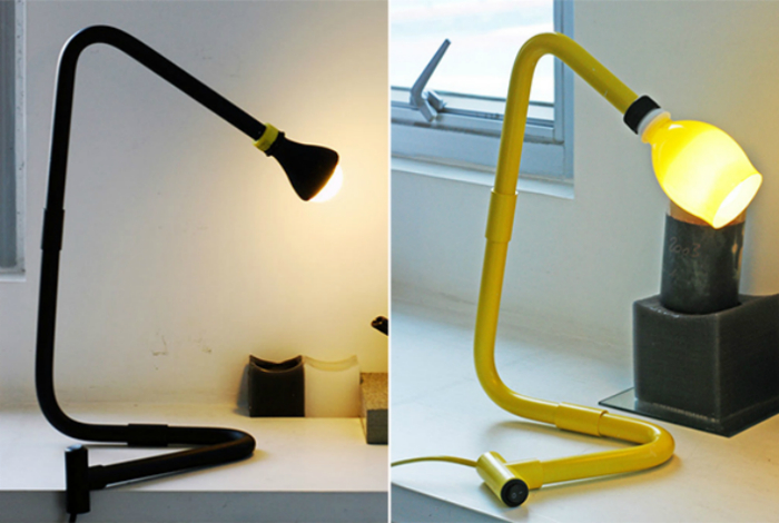 Настольная лампа из ПВХ труб.