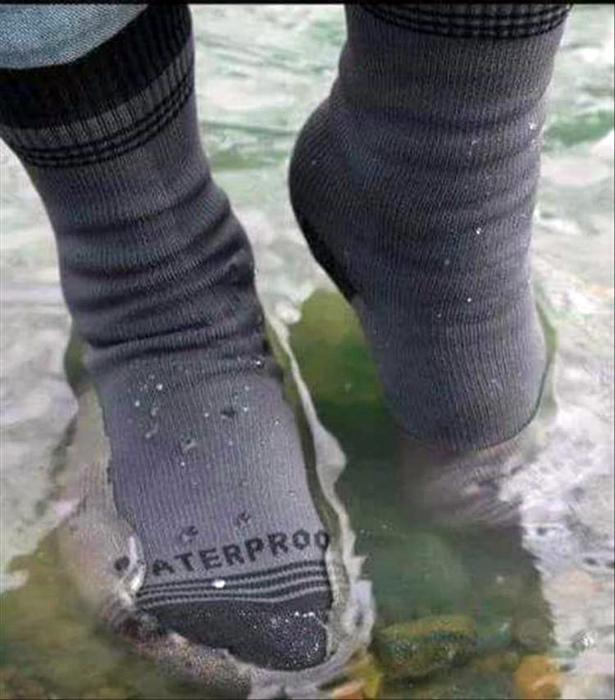 Теплые непромокаемые носки.