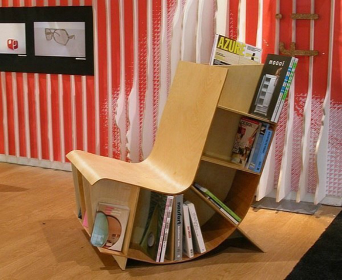 Кресло с полками для книг. | Фото: LiveJournal.