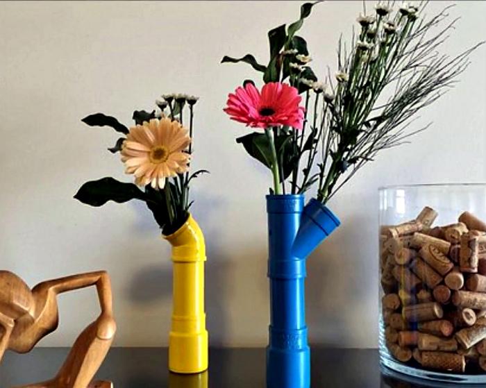 Цветочные вазы из ПВХ-труб.
