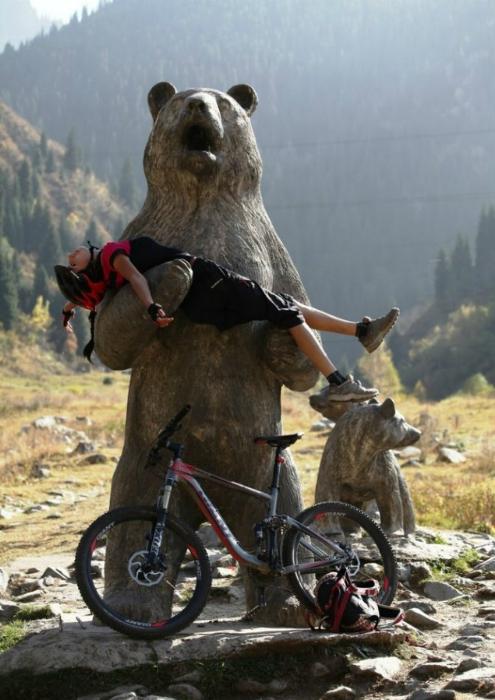 В медвежьих лапах.
