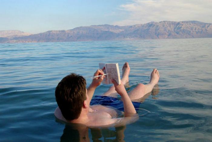 И захочешь, не утонешь! | Фото: Израиль старый, новый и новейший.