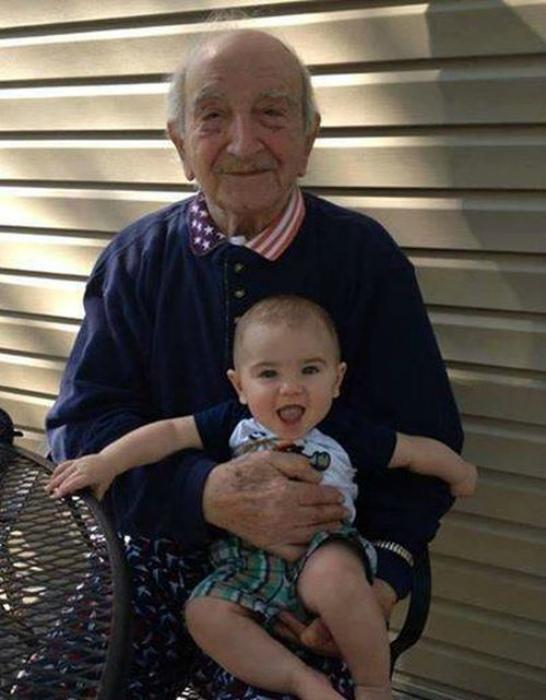 Дед и внук.