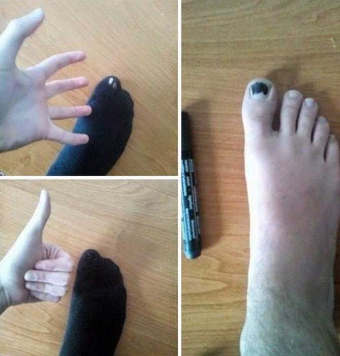 Маркер в цвет носков.