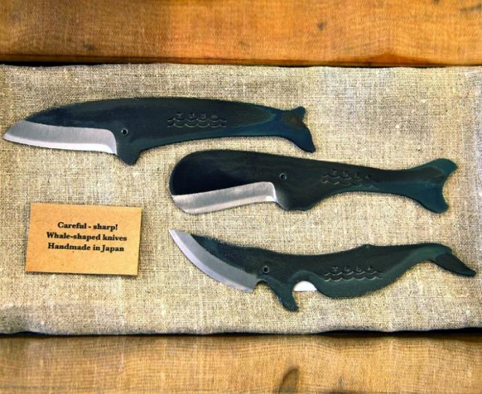 Ножи в виде китов.