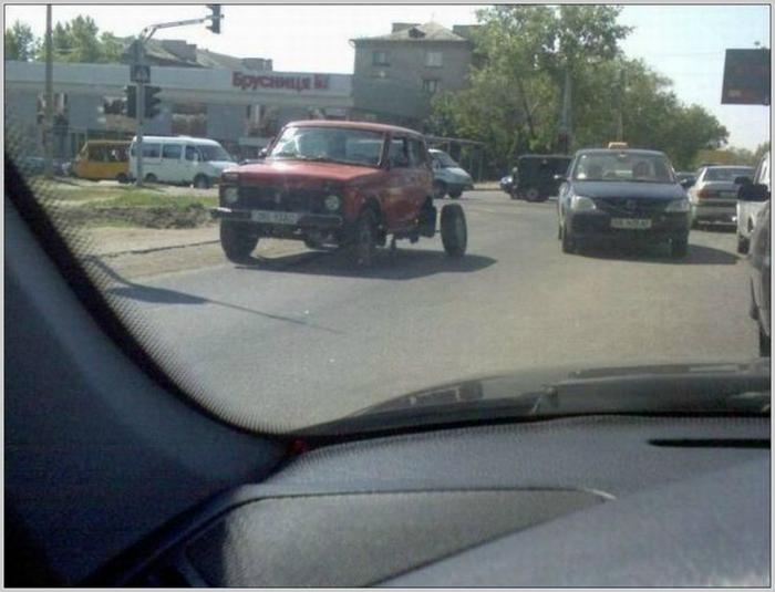 Колеса не по размеру.