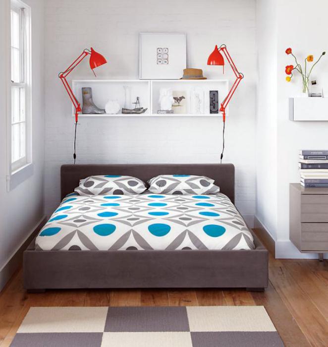 Лаконичный стиль небольшой спальни.