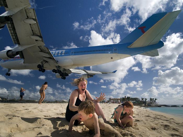 Пляж Махо.